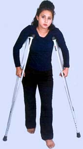 ADJUSTABLE CRUTCH